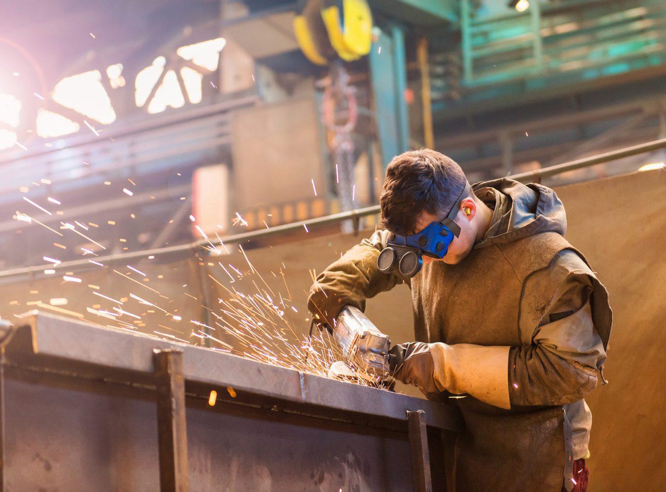 Мы производим кирпич и строим кирпичные заводы...